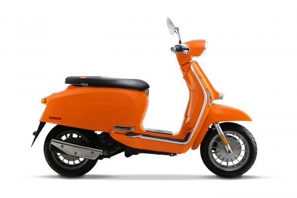 V-Special_Orange_side_left_2020-Kopie.jpg